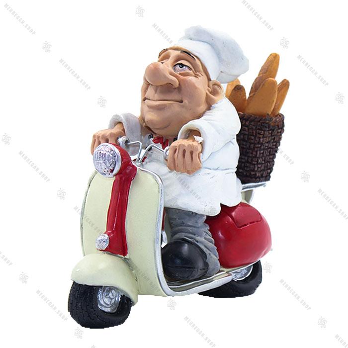 مجسمه دکوری رزین طرح نانوا